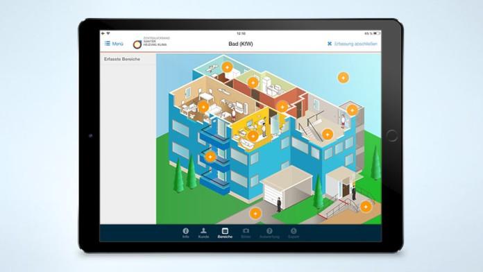 Screenshot der AU App mit der Animation eines Badezimmers, in der jedes Element mit einem Bearbeitungsfenster versehen ist.