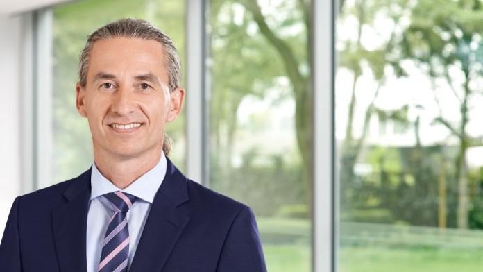 Dr. Axel Breitbach