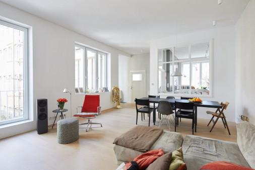 Ehemaliger Gewerbebau In Einem Stuttgarter Innenhof Ist