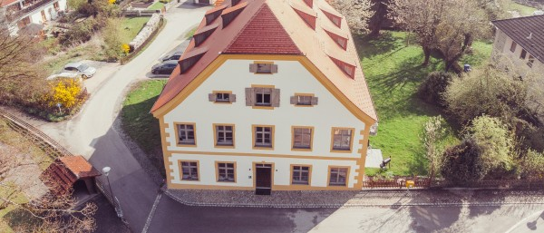 kfw award bauen 2018 ein barockes amtshaus in jettenbach kfw stories. Black Bedroom Furniture Sets. Home Design Ideas