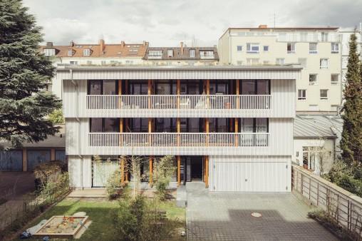 Kfw Award Bauen 2018 Innenhof Haus In Munchen Maxvorstadt