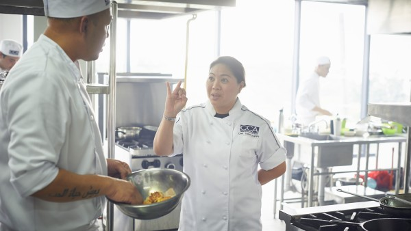 Cookery school in the Philippines - two German chefs