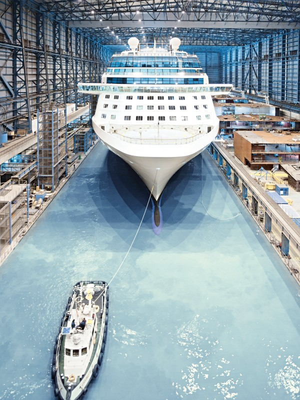 Small Business Banking >> Cruise ship from Papenburg - the final touches are being ...